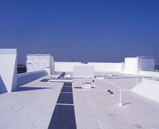 Commercial cool white roof